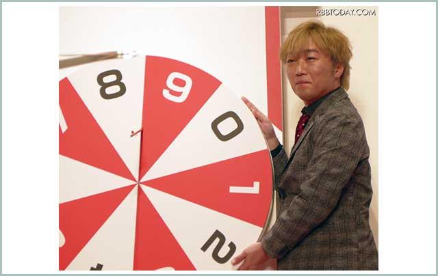 スピードワゴン・小沢、年賀はがきお年玉くじ抽せん会で「年賀状出したことない」/+その他